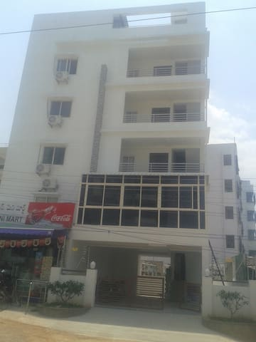 1 BHK Fully Furnished Studio Flat