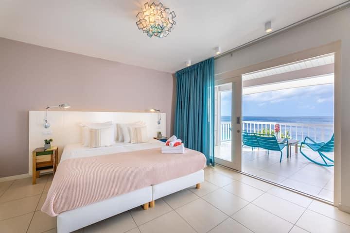 Deluxe Suite Ocean View