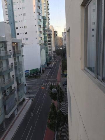 Quarto barra sul , apartamento lugar privilegiado