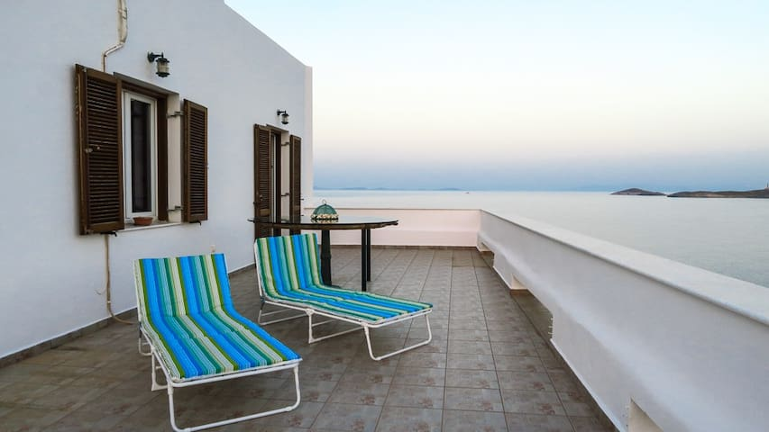 Aegean sea view in Syros island, GREECE - Ermoupoli - House