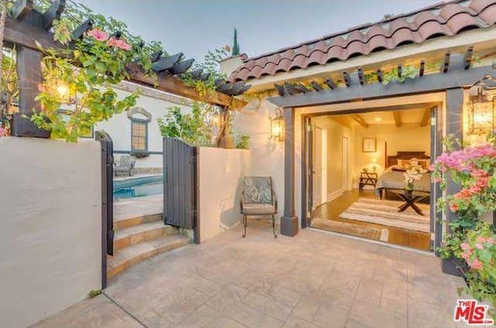 Luxury Pool House Newly Built Prime West LA Villa