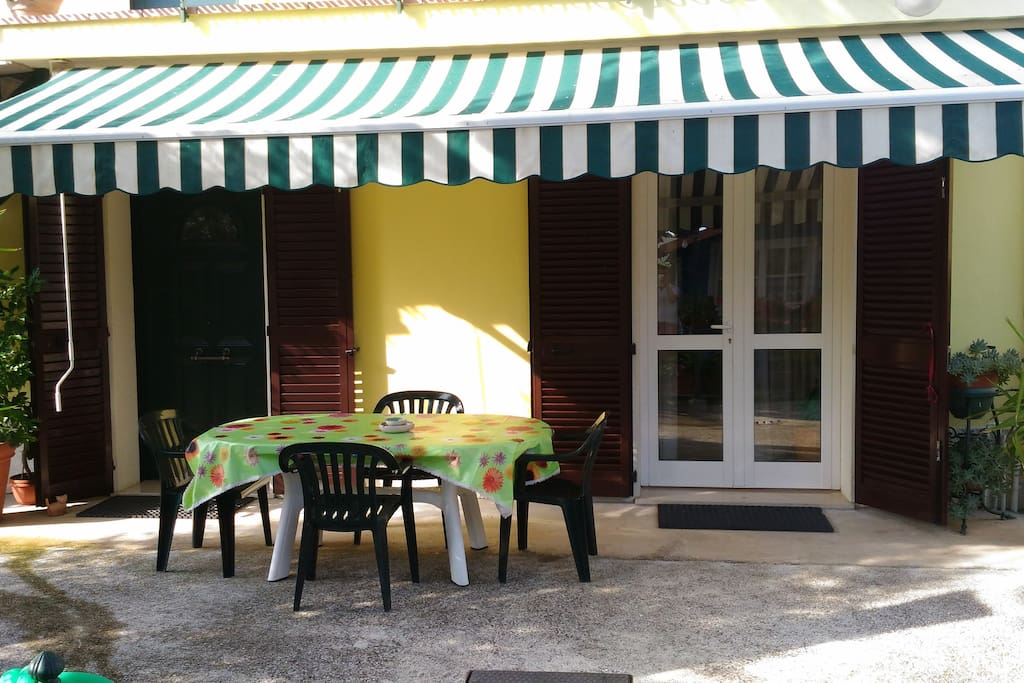 possibilità di pranzare all'aperto