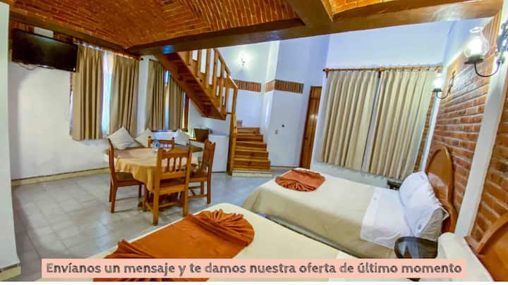 Habitación Triple - en 2 pisos/Hotel & zona centro
