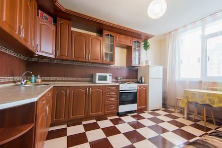 Квартира в новостройке на Салмышской, посуточно! - Оренбург - Квартира