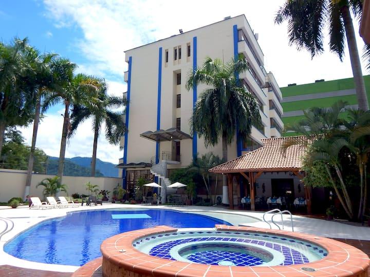 HOTEL CON LA MEJOR UBICACIÓN
