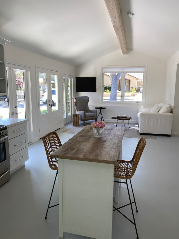New Santa Barbara house -walk to the beach