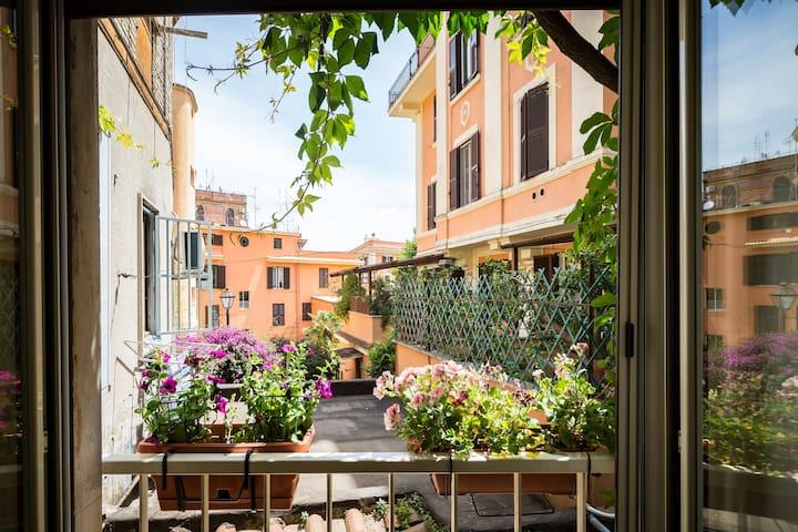 Trastevere Village