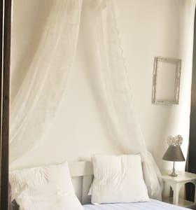 Appartement style british, Belle Epoque - Durbuy - Leilighet