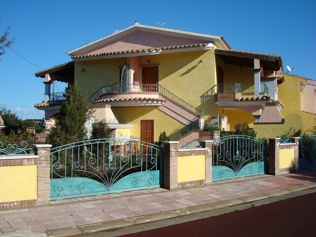 Residence i Pini Porto Pino da 600 mt dal mare - Sant'Anna arresi - Wohnung