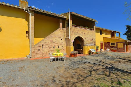 Cane - 5 beds apartment Tuscan countryside - Collesalvetti