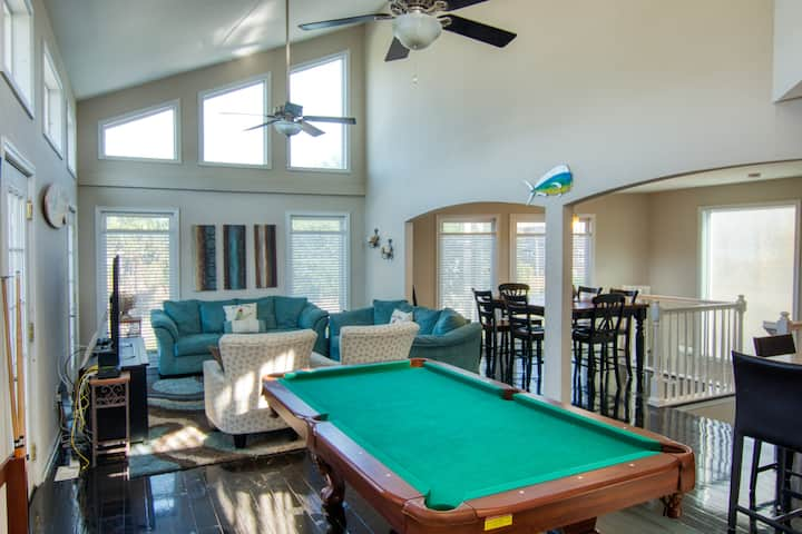 Amazing Private Home 1 Short Block From Beach