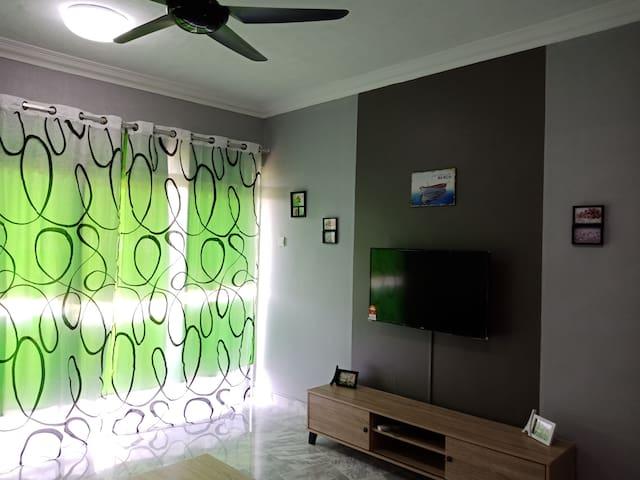 Cozy Homestay at Ocean View Resort Teluk Kemang PD