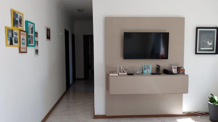 Apartamento Amplo a 300 metros da orla de Atalaia