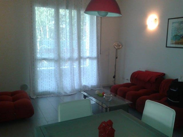 Bedroom with Garden View balcony. Reggio Emilia