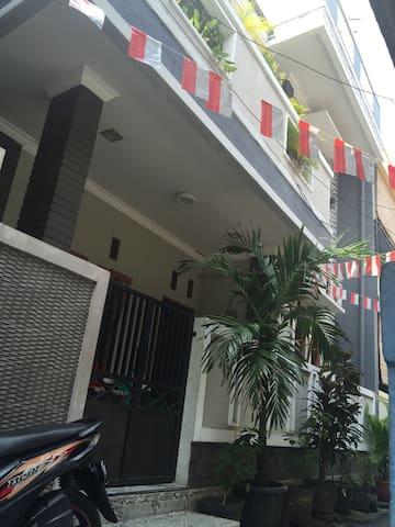 Nina House-Kebon Sirih, Jaksa.Room3