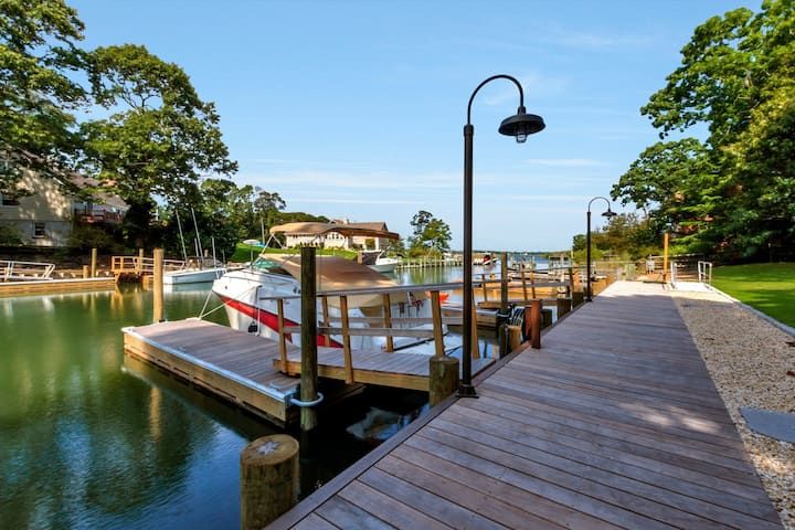 WATERFRONT Southold Retreat! Steps to Beaches!