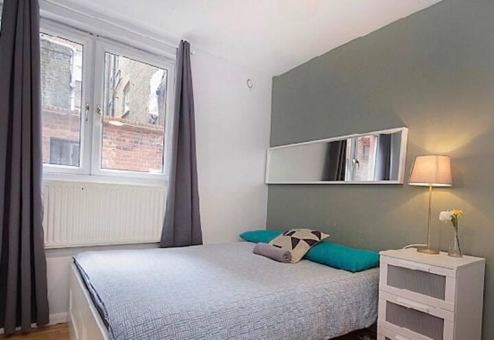 Double bedroom Brick Lane