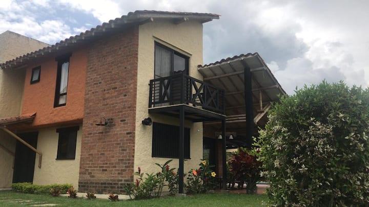 Hermosa Casa Campestre en Fincas PANACA