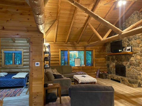 Room in a log home on a golf course