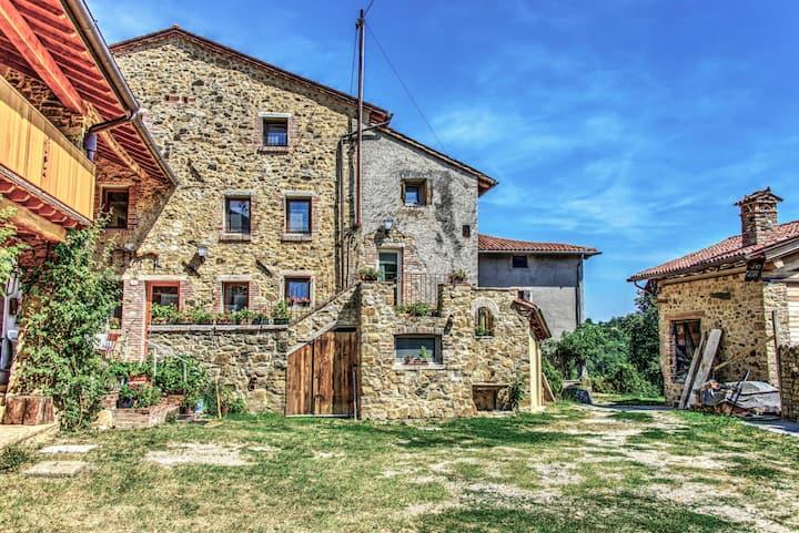 Suite OLIVO Agriturismo Antico Borgo