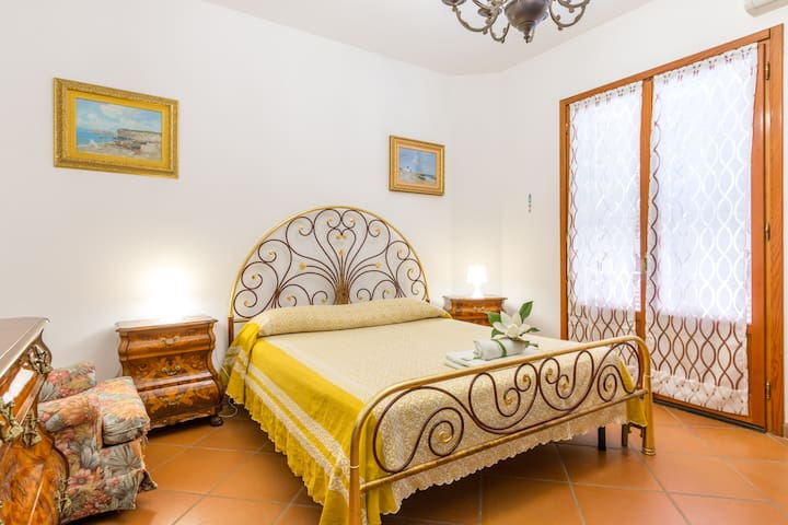 LECCE countryside triple in B&B - Monteroni di Lecce - Bed & Breakfast
