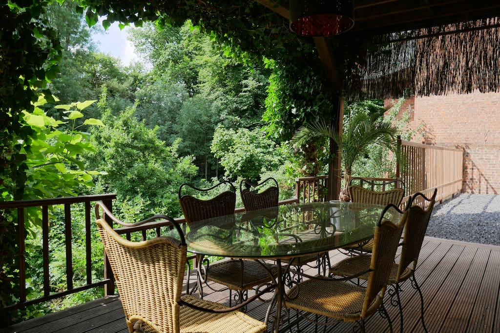 Au jardin du laveu guesthouse for rent in li ge for Au jardin guest house