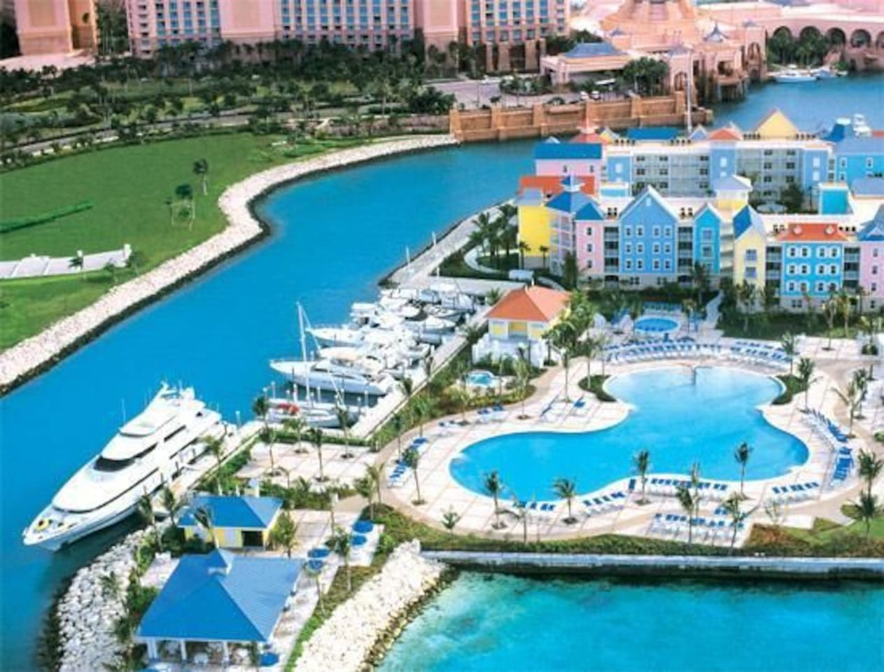 Aerial shot of Harborside at Atlantis showing how close it is to the Atlantis hotel