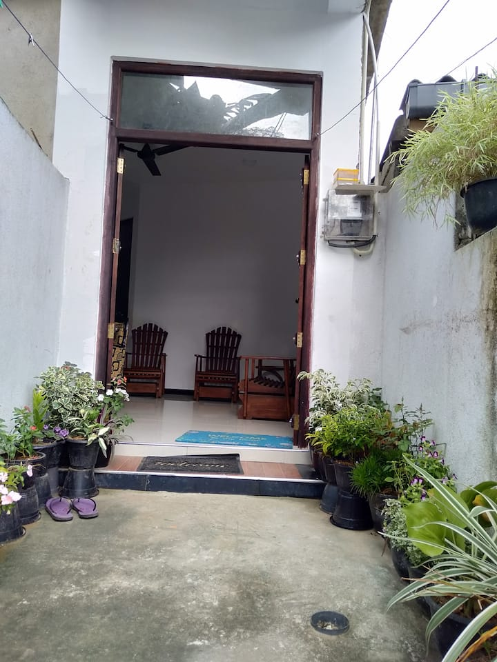 A nice house Rent or lease in weligama Bay.