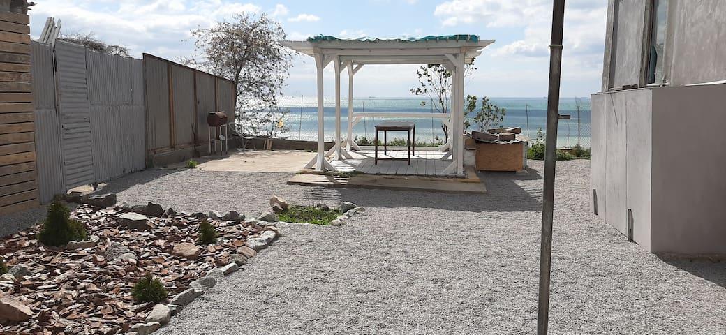 Сдам дом в Фонтанке Одесса с видом на море!
