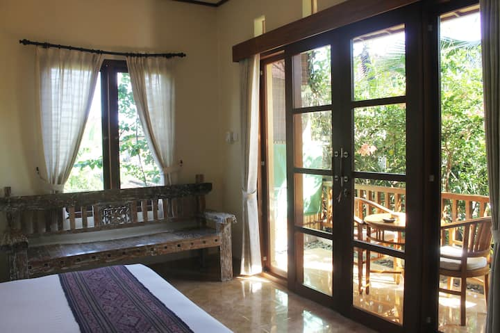 Jawi House & Painter - Retreat Room