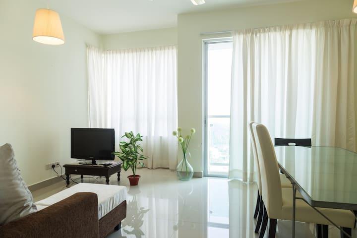 1 BR Apartment in Publika
