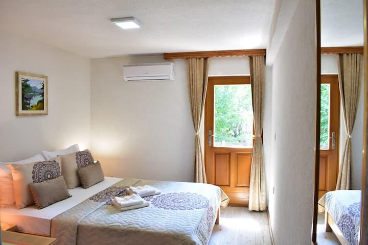 House Boro Double room 4