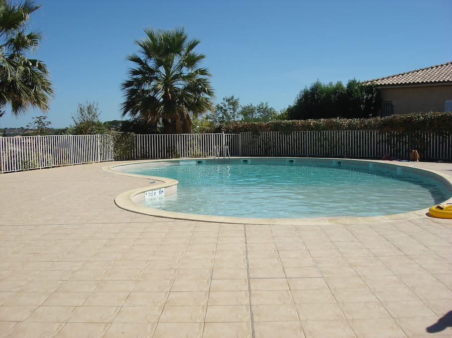 Beautiful swimming pool open from May to Sept also securely gated with code