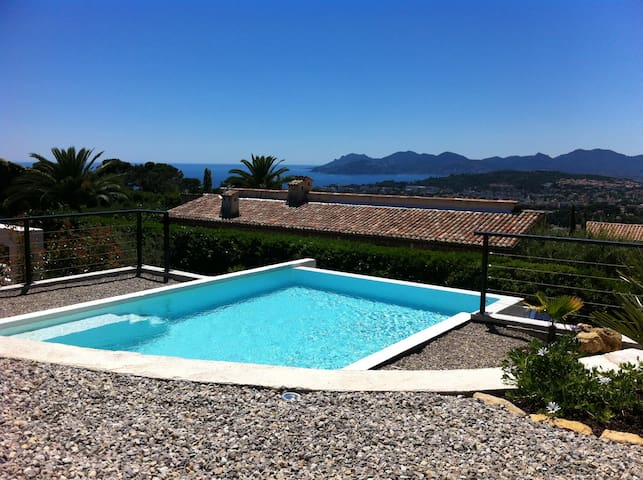 House beautiful sea view pool - Le Cannet - Casa