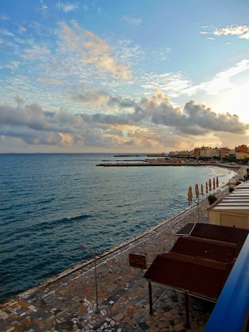 Libyan sea at your feet ! - Ierapetra - Appartement