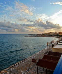 Libyan sea at your feet ! - Ierapetra