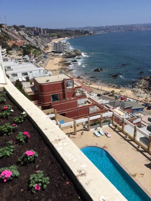 Acceso directo a playa Reñaca y El Encanto
