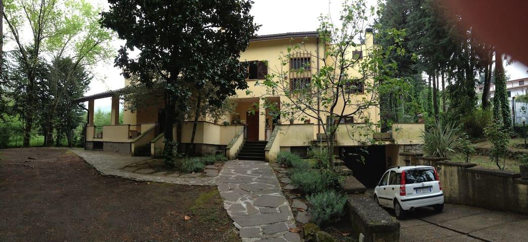 Meravigliosa villa nel parco - Rocca di Papa - Villa