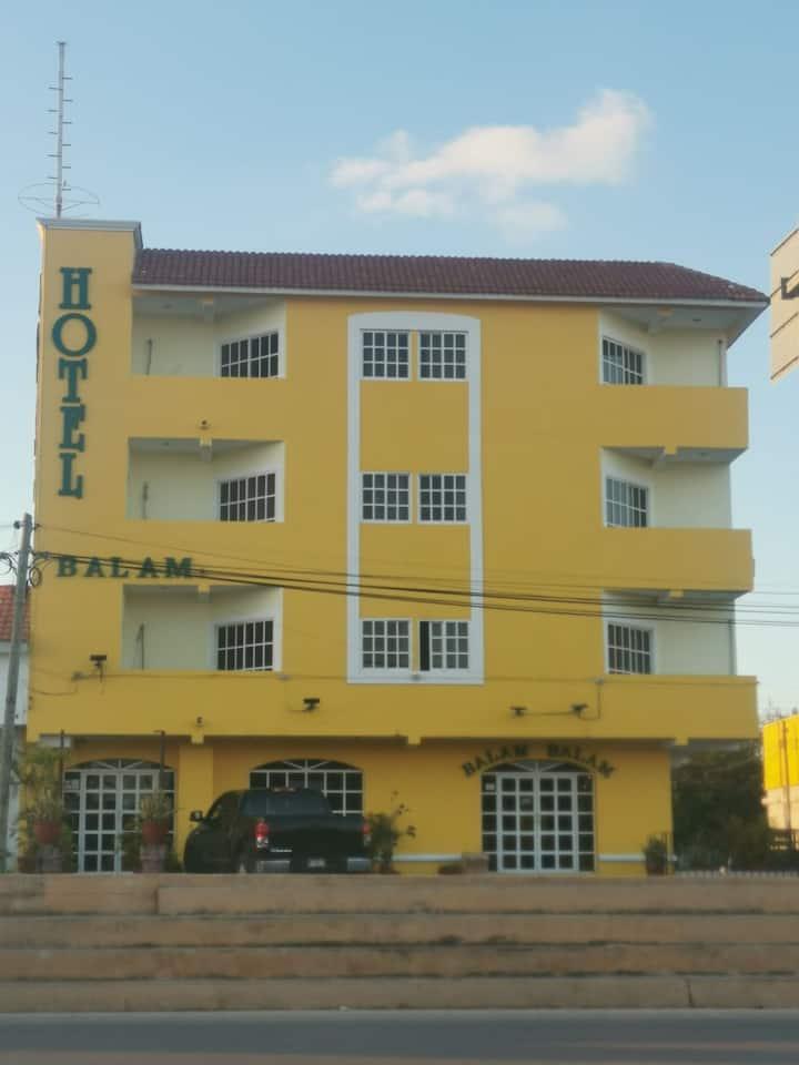 Hotel Balam,  vacaciones o negocios?