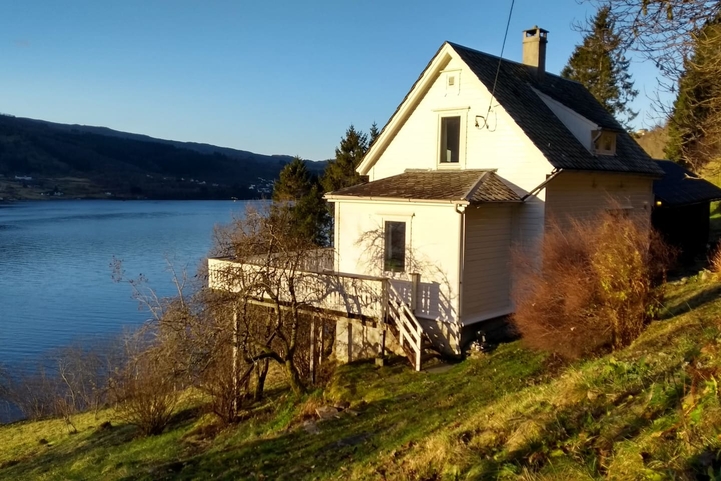 Welcome to Sofia`s house by the quiet, calm waters of Sørfjorden. In the old days the fjord was the main road to Bergen for people who lived on this farm.