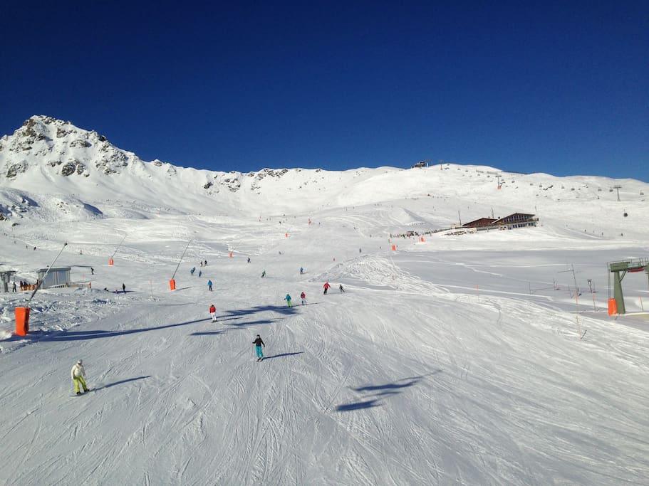 A typical day in Silvretta Nova ski resort - top 10 of the Austrian alps!