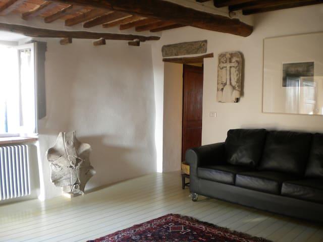 Siena, Terme di Petriolo - Iesa, Monticiano, Siena - House