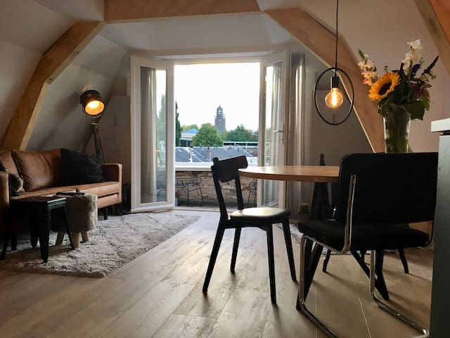 Loft-apartment with beautiful view towards the Dom