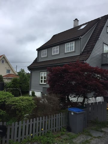 Beautiful four bed house in Bergen at Hop