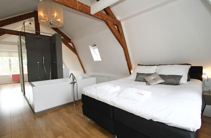 Stylish new B&B with stunning view
