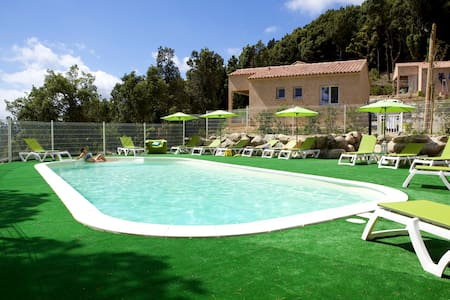 6 houses with swimming pool - Prunelli-di-Fiumorbo - 別荘