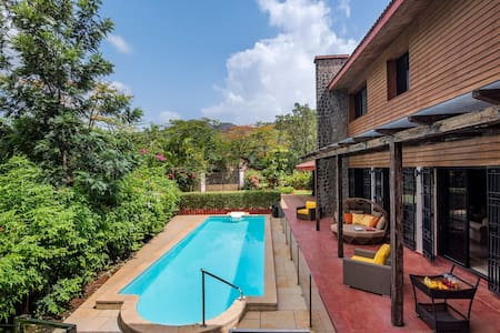 Woodstone 5 BHK Villa With A Plunge Pool & Lawn