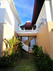 Luksus Villa på borthjemt strand - Taling Chan - Villa - 2