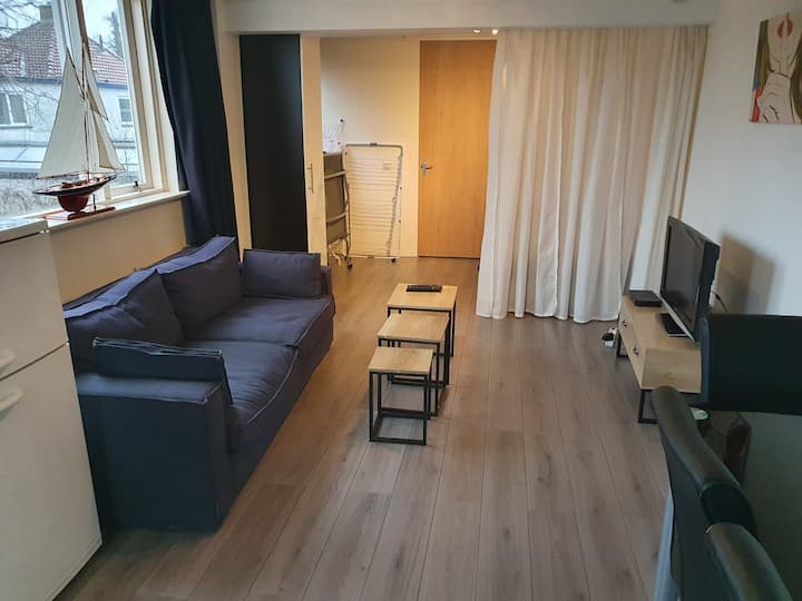 Apartment 3 min to station 20 min to Amsterdam