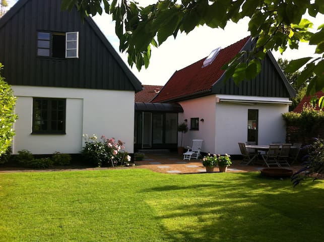 Beautiful house close to Copenhagen - Dragør - Hus